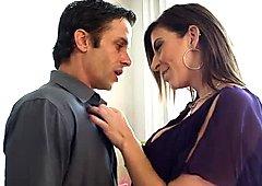Bosomy brunette bombshell Sara Jay gives fantastic blowjob