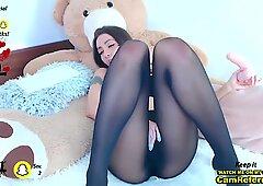 Il bootyx sexy fa schifo su un Gomma Cazzo mentre nella sua lingerie