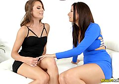 Kinky brunette Ally Tate and Alexis Deen tribbing pussy