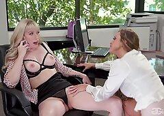 Girlgirl.com - primo giorno con Mio nuovo capo