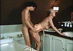 IN MOM BATHROOM