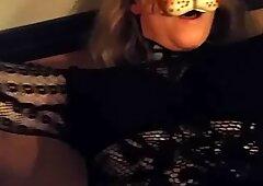 La leonessa svedese si rade la figa pelosa