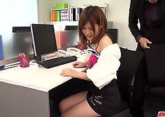 Superb Giapponese Aula Porn - Altro su GiapponeseeMaMas.com