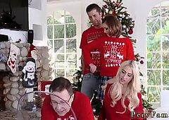 Madre compagna s figlia imbavagliato e papà molestano anale heathenous family vacanza card